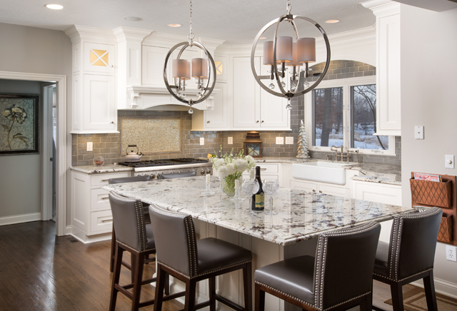 Grabill Cabinets A Beautiful Kitchen Designed For A Busy Household Of Five